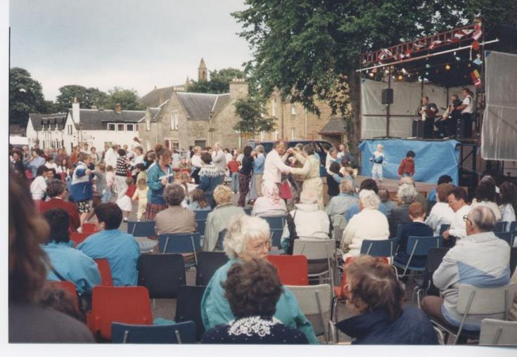 Cathedral pageant 1989 Street Party