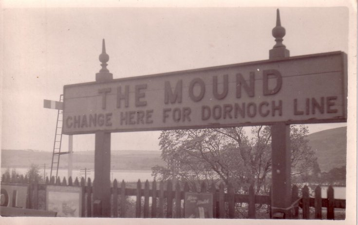The Mound ~ Station sign