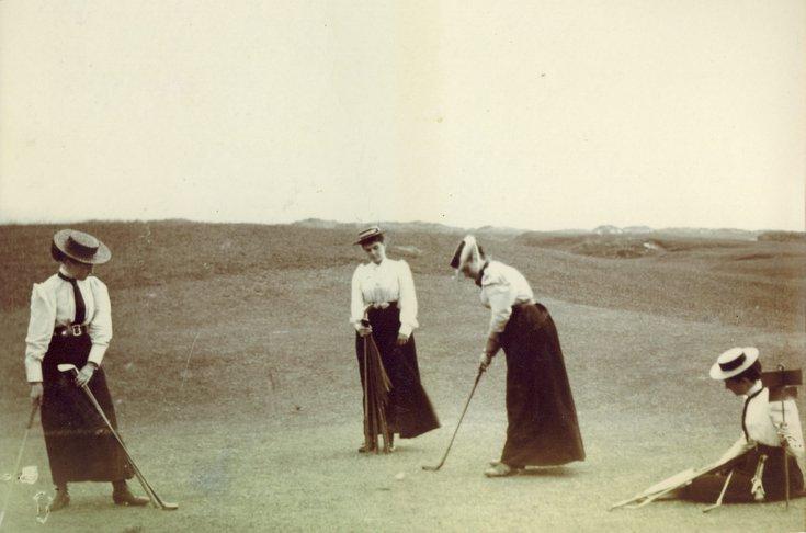 Ladies putting 1896