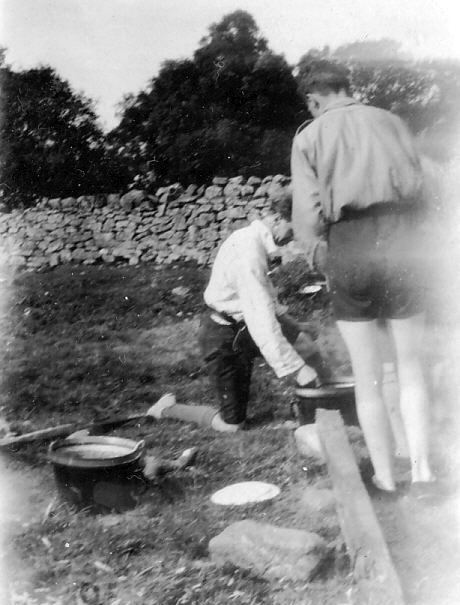 Scout 'billie' can cooking or washing up