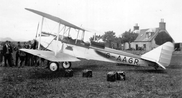 The First Plane to land in Dornoch