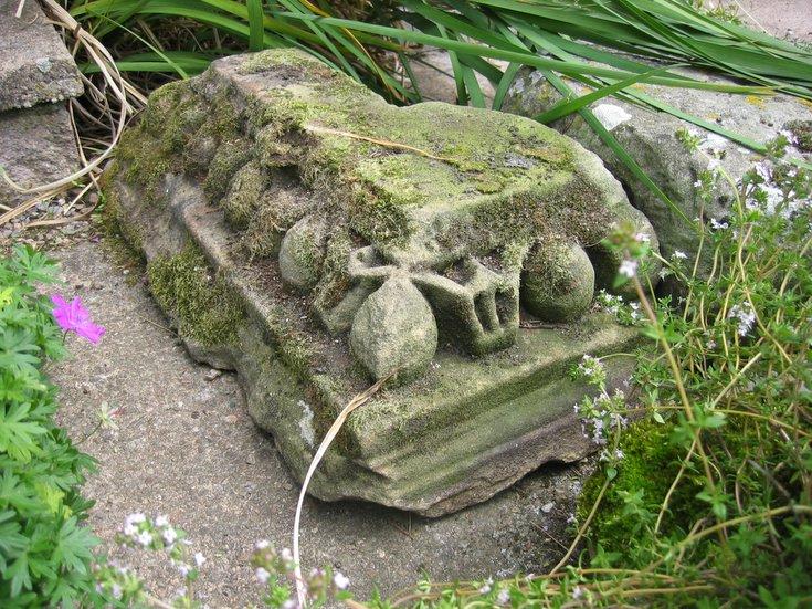 Garden in Eaglefield Road Dornoch - re-use of stones
