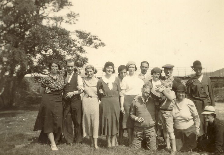 Photograph of a Dornoch group on an outing c 1935