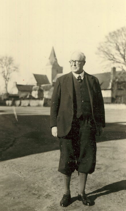 Hector Ross of the Sutherland Arms Hotel 1948