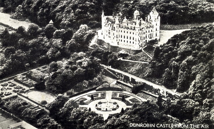 Dunrobin Castle from the air