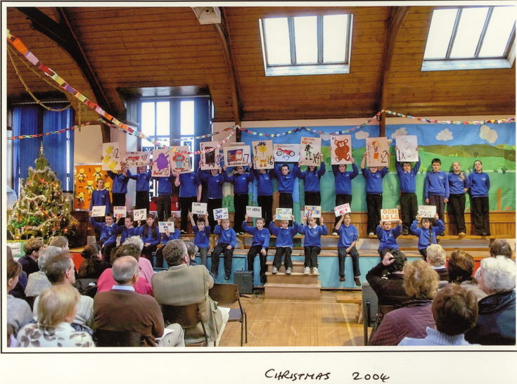 Dornoch Primary School Christmas 2004