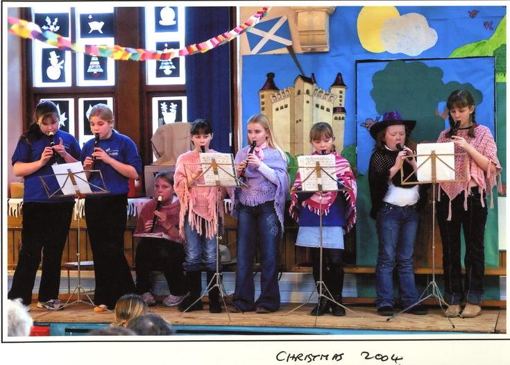 Dornoch Primary School Christmas 2004 Recorders