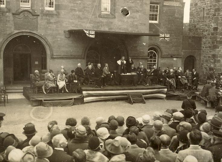Dias outside County Building Dornoch, Freedom Ceremony 1928