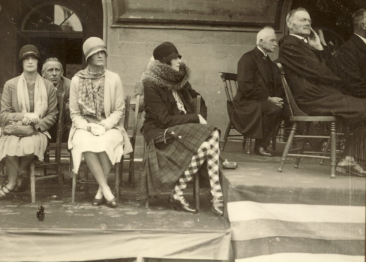 Ladies on side dias Freedom of Burgh 1928