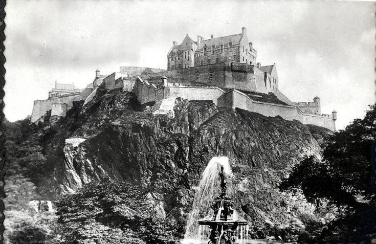 Views of Edinburgh ~ The Castle