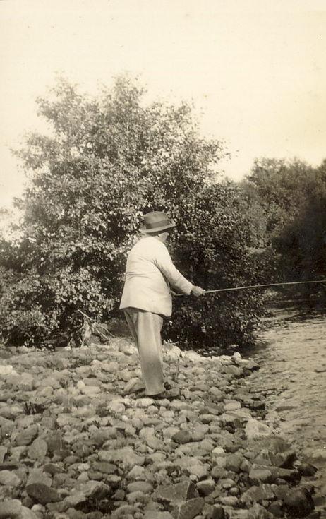 Mr Hardie Fishing