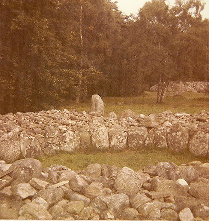 Chambered Tomb at Clava Mains Cairn (8) ~ Ring Cairn