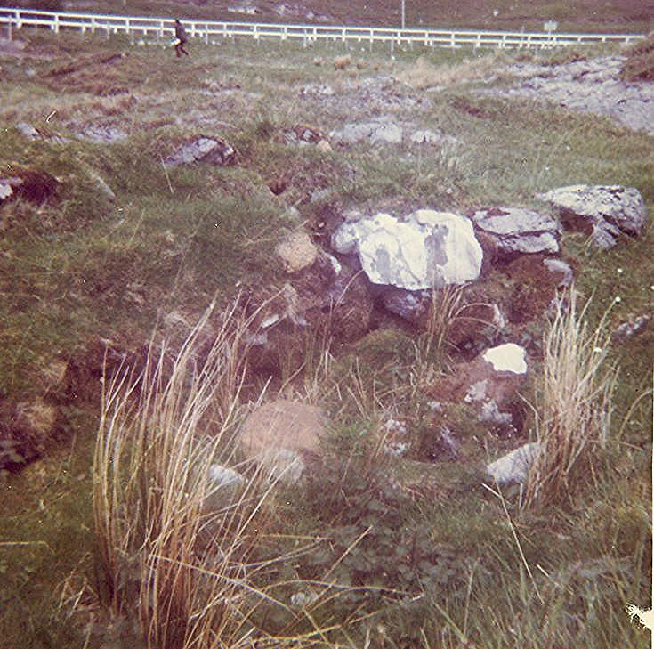 Chambered Tomb at Alt Sgiathaig ~ Cairn