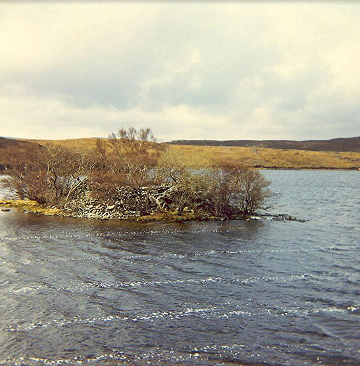 Wag/Wheelhouse ~ Grianaan, Loch Hacoin