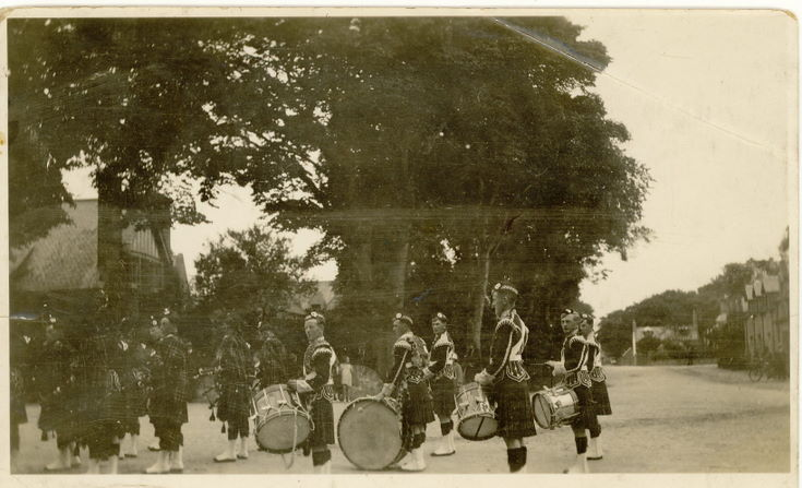 Dornoch  Pipe Band ready to perform at the Pageant 1928