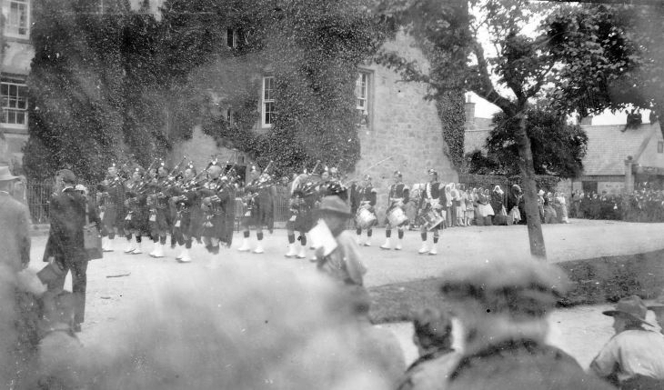 Dornoch Pipe Band at Pageant 1928
