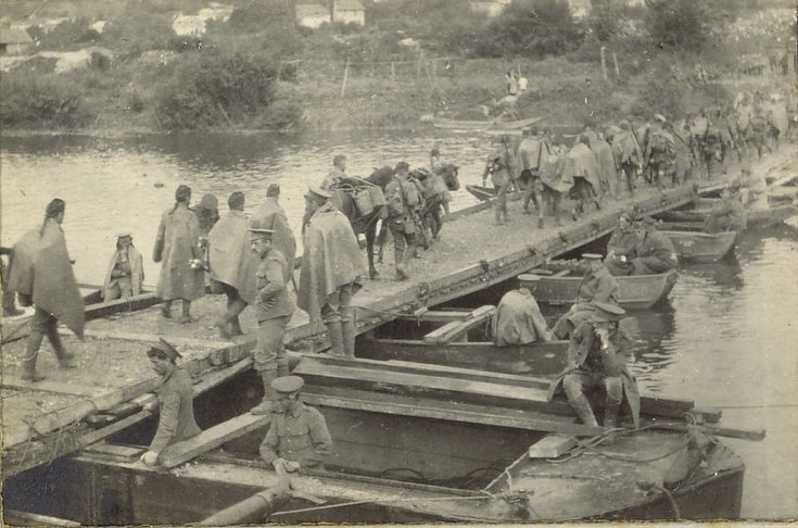 Cameronians crossing the Marne at La Ferte Sous Jouarre