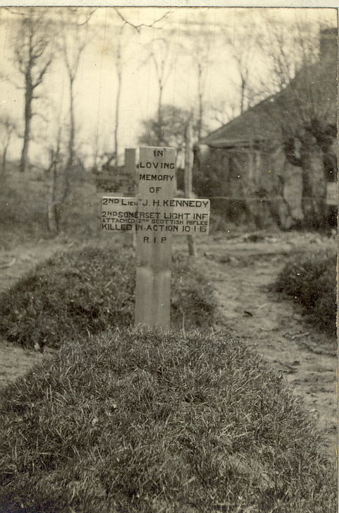 2 Lt J H Kennedy's grave