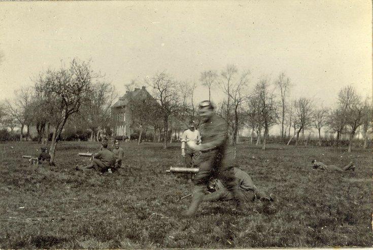 Machine gun crew drill