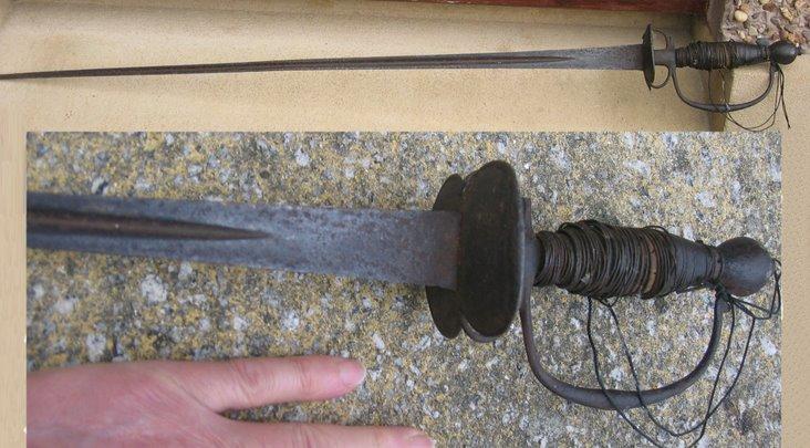 18th century gentleman's or boy's sword