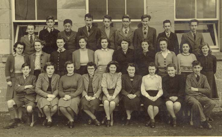Pupils in front of Dornoch Academy, 1947