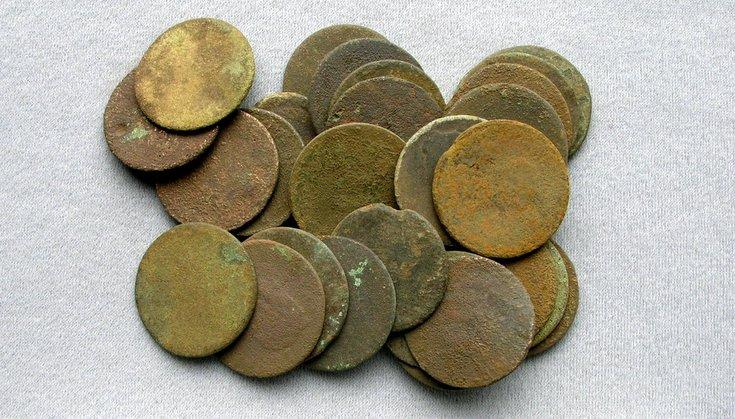 Assorted unidentified coins found in Dornoch area